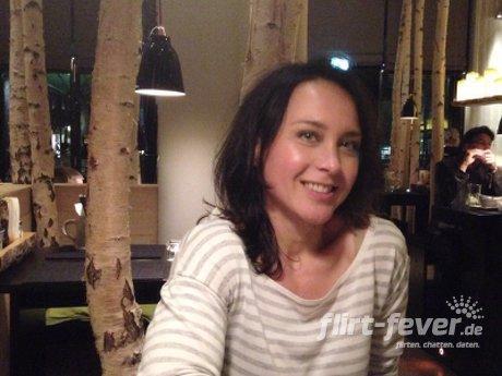 Partnersuche auf NEU.DE: Mit Singles aus Hannover flirten