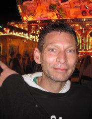 Frank, 54 Jahre aus 47665 Sonsbeck